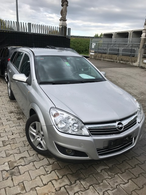 Ricambi Opel Astra 1700cc diesel 2009 tipo motore Z17DTR