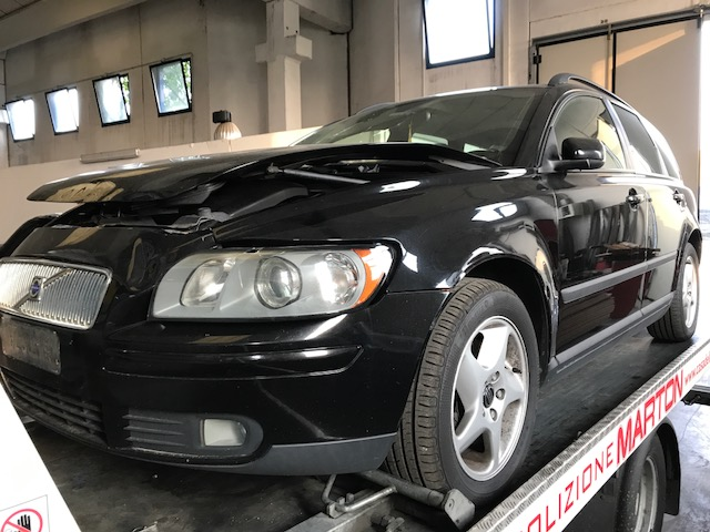 Ricambi Volvo V50 2000cc diesel 2009 tipo motore D4204T 100kw