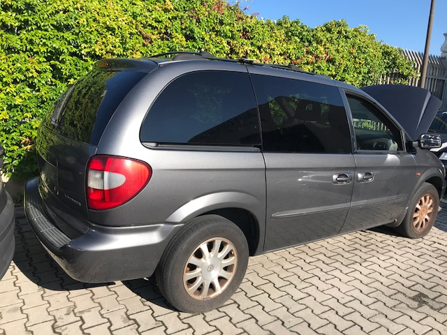 Ricambi Chrysler Grand Voyager 2500cc diesel 2002 tipo motore 25l 105kw