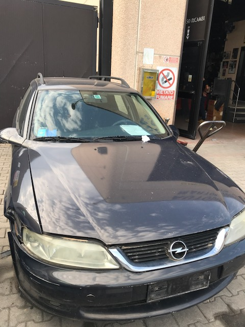 Ricambi Opel Vectra 2000cc diesel 2001 tipo motore X20DTH 74kw