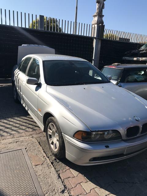 Ricambi BMW 5 3000cc benzina 2001 tipo motore 256d1 120kw