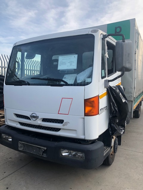 Ricambi Nissan Atleon 4000cc diesel 2002 tipo motore B440 101kw