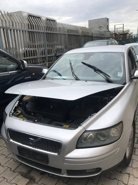 Ricambi Volvo V50 2000cc diesel 2005 tipo motore D4204T 100kw