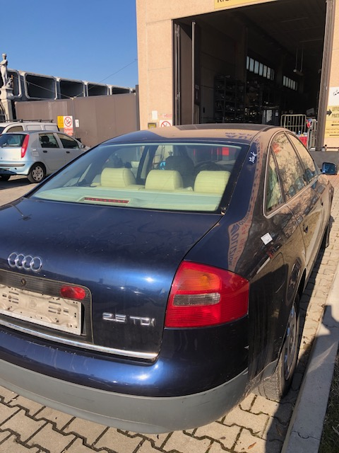 Ricambi Audi A6 2500cc diesel 1998 tipo motore AFB 110kw