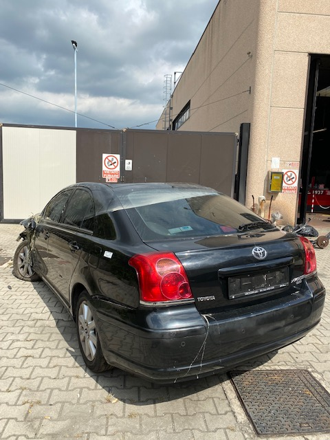Ricambi Toyota Avensis 2000cc diesel 2016 tipo motore 1CD 85kw