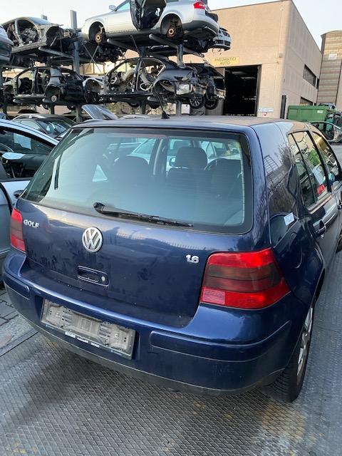 Ricambi Volkwagen Golf 1600cc benzina 2001 tipo motore AUS 77kw