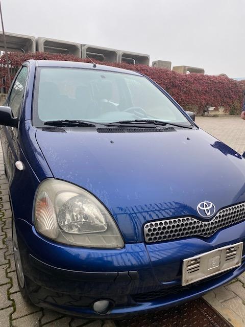 Ricambi Toyota Yaris 1300cc benzina 2001 tipo motore 2NZFE 63kw